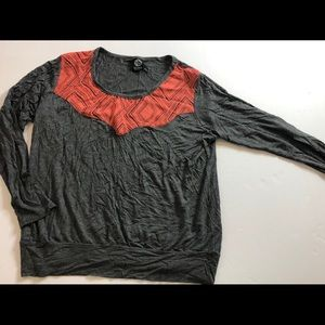 Bobeau charcoal gray top with contrast at neck